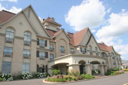 Le St-Martin Bromont Hôtel et Suite