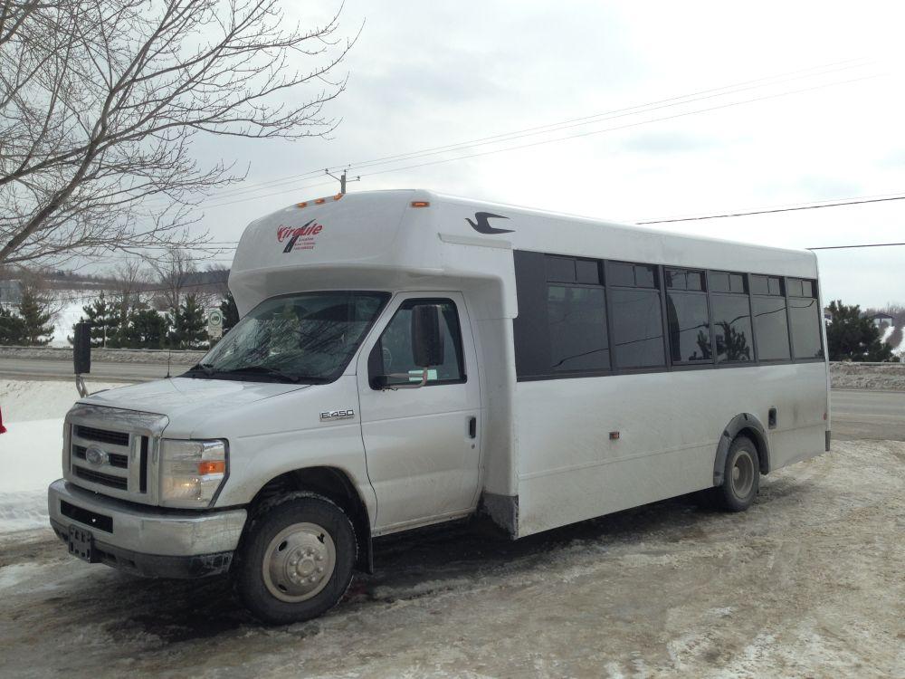 Autobus Kava Tours