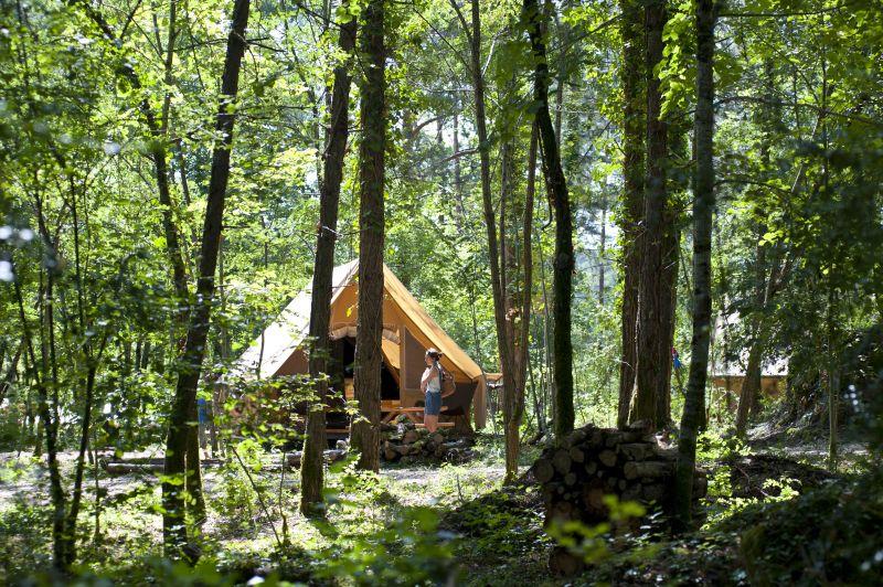 Tente Huttopia à Sutton