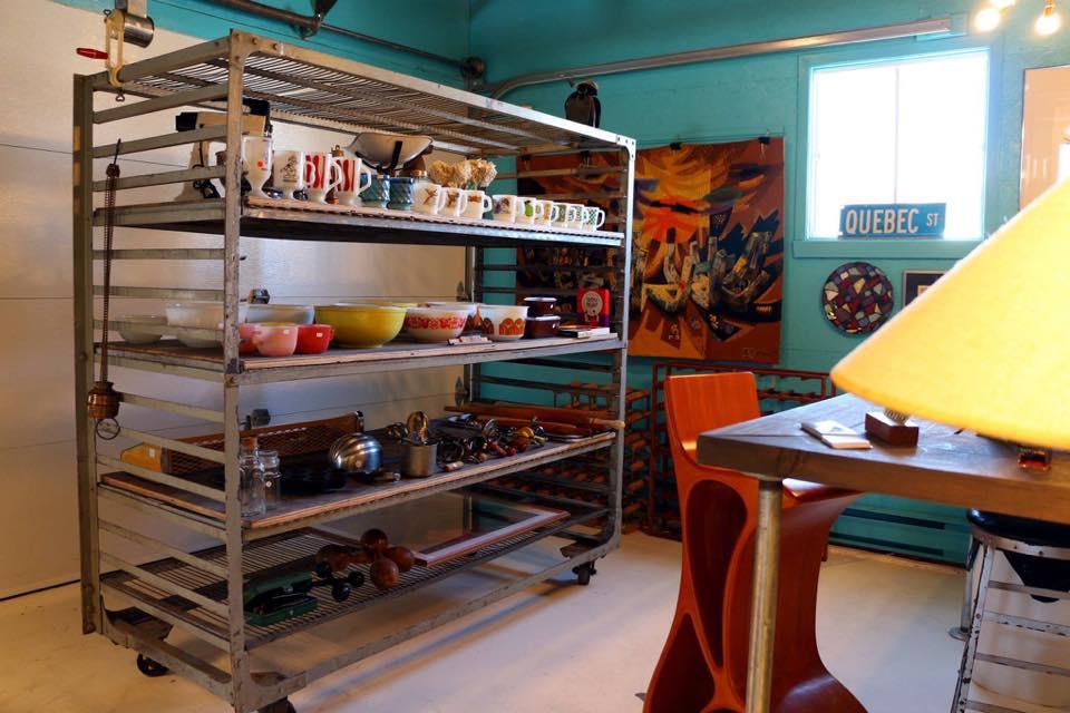 Intérieur de la boutique Vintage et Sucre à la crème