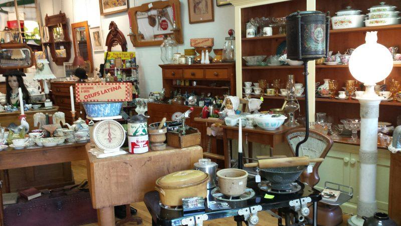 Antiquités Au Fil du Temps (Stanbridge East)